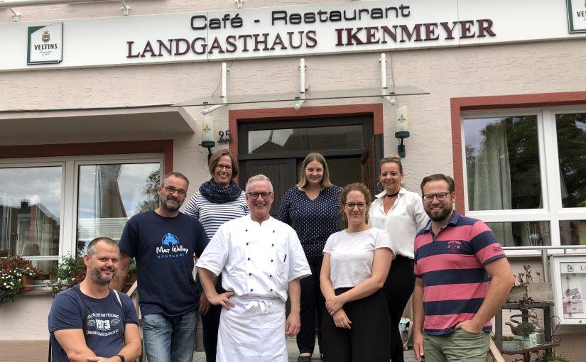"""#tastethecountry #2 – Kochen wie ein Profi – ein Kochkurs mit Franz-Josef Ikenmeyer<span class=""""calc_read_time_shower_title_span"""">7 Min. Lesezeit (ca.)</span>"""